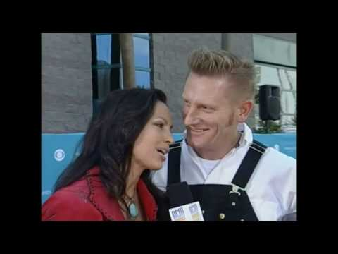 Joey and Rory Interview at the ACM Awards Orange Carpet 2010