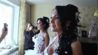 невесты - близняшки