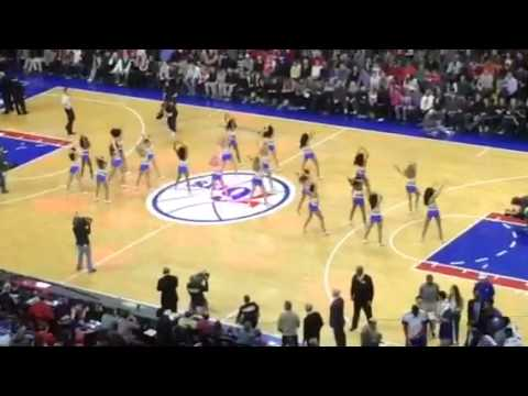 Sixers game girls dancing