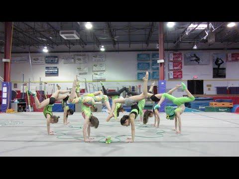 St. Patrick's Day Handstands (WK 219.7) | Bratayley