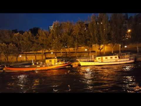 River cruise down the Seine in Paris