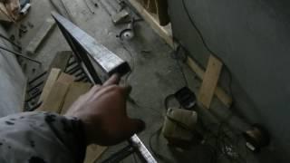 видео Металлическая лестница своими руками: пошаговая инструкция