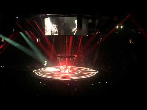 Muse: Munich Jam | Vancouver | Drones World Tour 2015