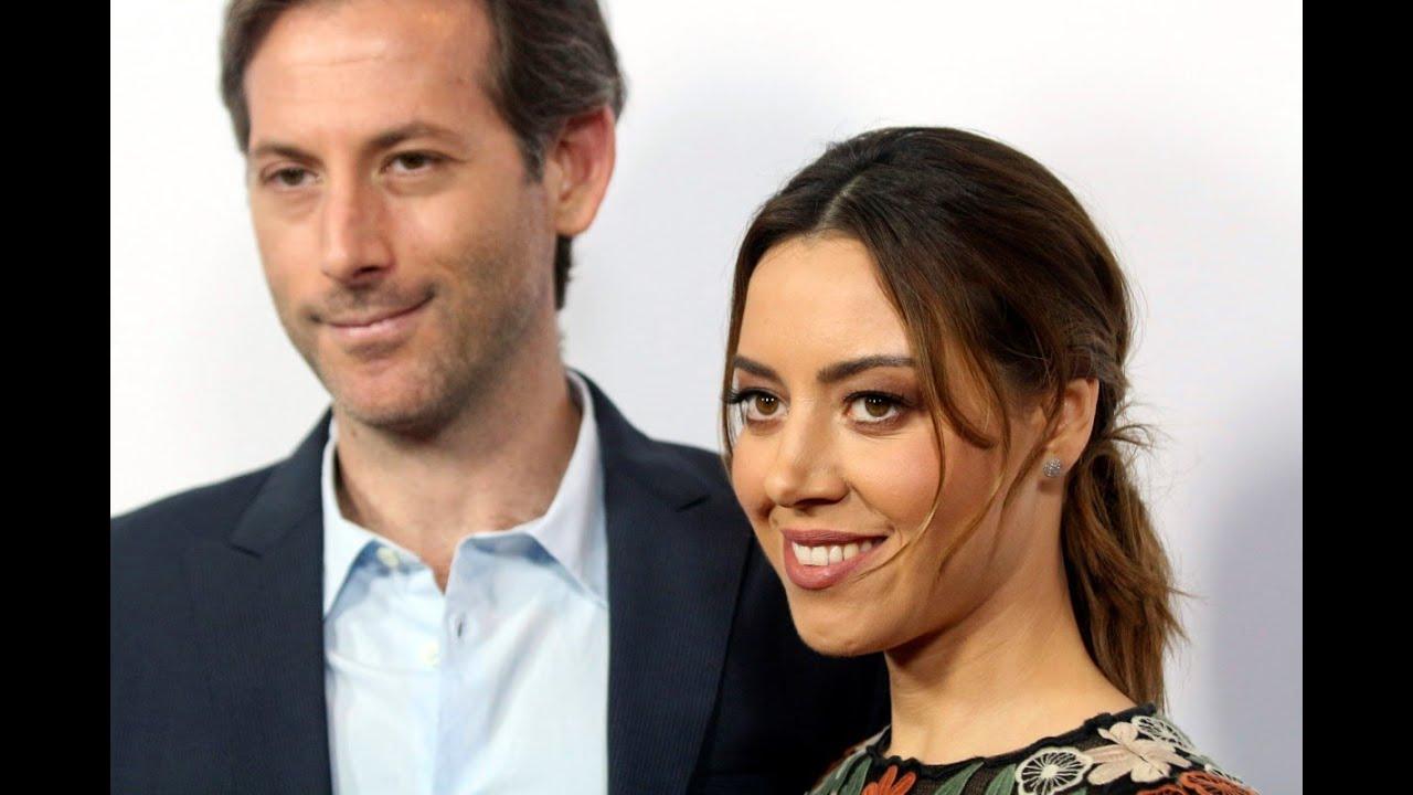 Aubrey Plaza has married her longtime boyfriend, director Jeff ...