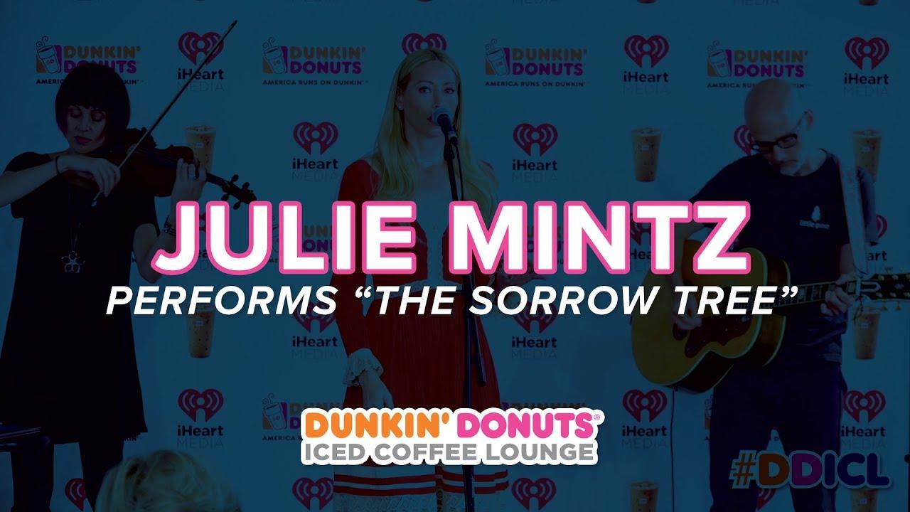 Julie Mintz Performs 'The Sorrow Tree'