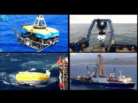 Secrets of the Sea Floor (Julie A. Huber)