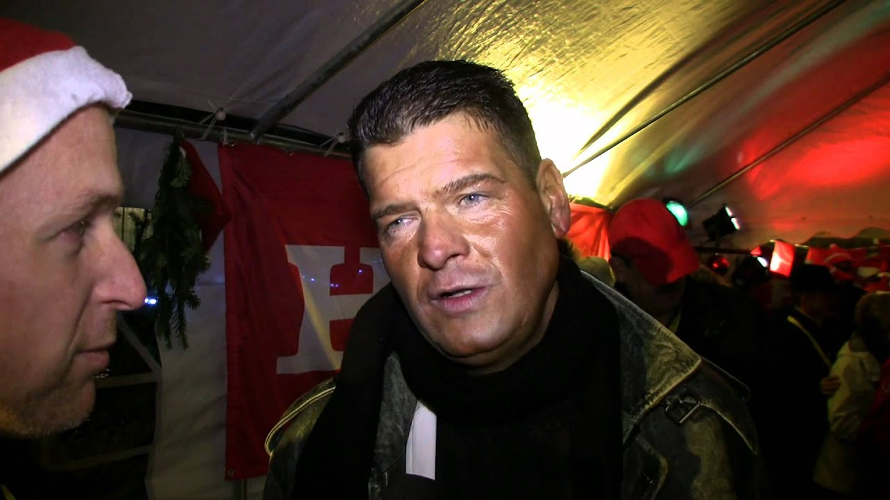 Marco Lessentin | Reportage zur Weihnachtsmannparade 2011