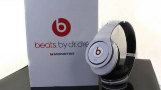 Unboxing - Monster Beats by Dr Dre Studio Edition Headphones(, 2010-10-02T17:33:53.000Z)