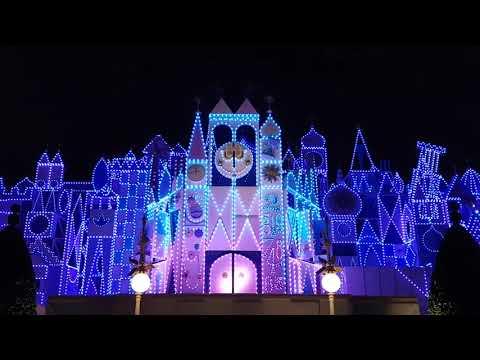 It's A Small World Clock Parade 9pm Hong Kong Disneyland (Oct 31st, 2017)