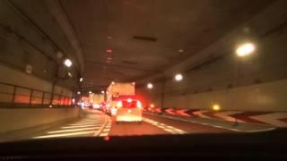 阪神高速 危険なトンネル内、カーブの先で渋滞