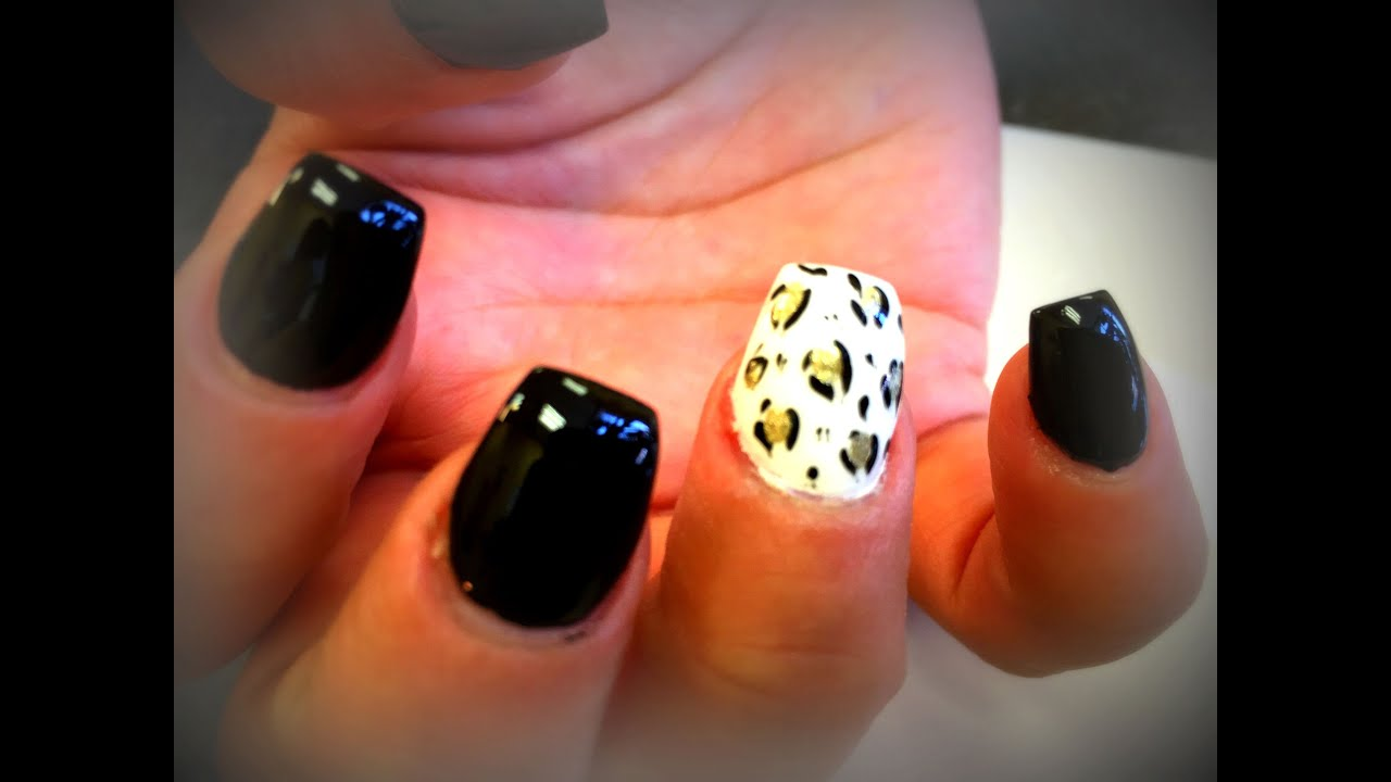 How To Ballerina Nails | Coffin Nails | Black & White | - YouTube