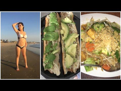 ASMR // What I Eat In A Day (vegan)
