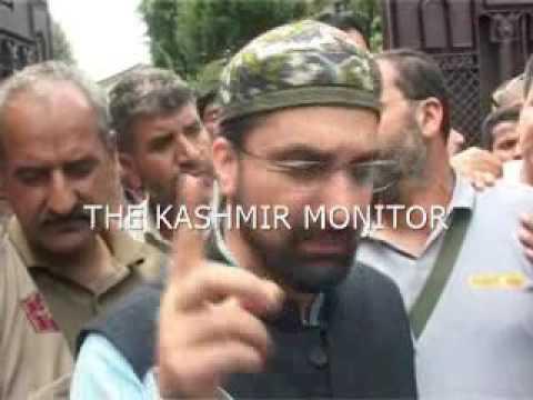 Anantnag chalo: Mirwaiz Umar Farooq detained outside his Srinagar residence