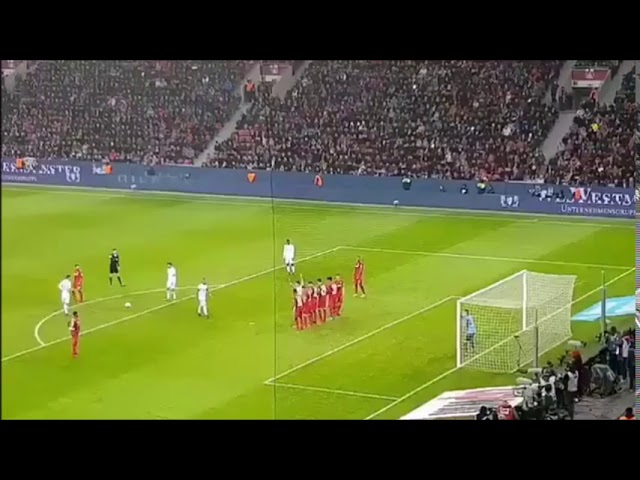 Gol James Rodriguez vs Bayer Leverkusen 1-3