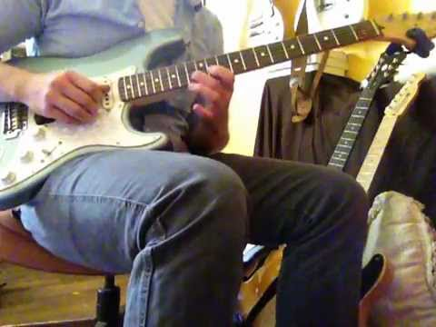 Strat Noodling with Carmen Ghia, Zendrive, Vibe, and Tsunami Reverb
