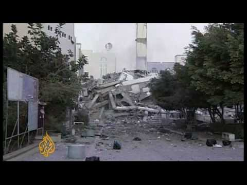 Israel pounds Gaza for a third consecutive day - 29 Dec 08