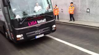 1.FC Köln vs. FC Bayern München 05.05.2012 - Der Bayern Bus
