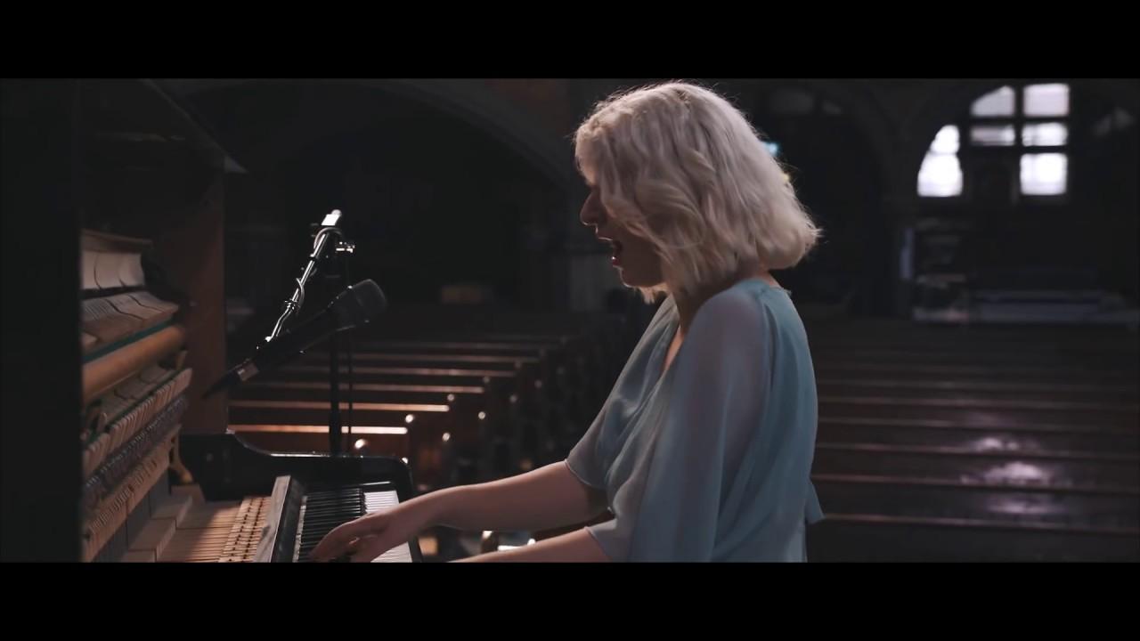 hannah-grace-praise-you-piano-version-live-hannah-grace