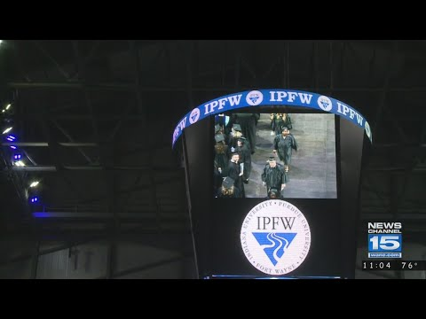 IPFW holds last commencement ceremony