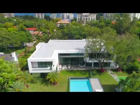 This Contemporary Miami Home Designed for the Ambitious Art Collector