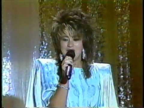 Tammy Sue Bakker sings I'm Free