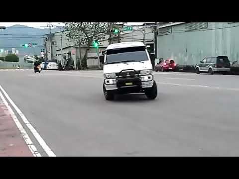 DELICA L300 綠視界 - YouTube