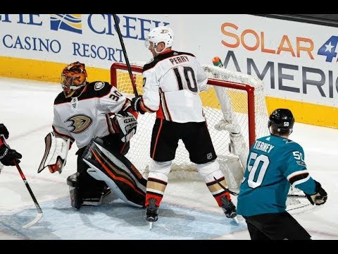 Anaheim Ducks vs San Jose Sharks - November 4, 2017 | Game Highlights | NHL 2017/18