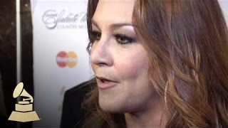 Gretchen Wilson talks about the song she recorded on Loretta Lynn