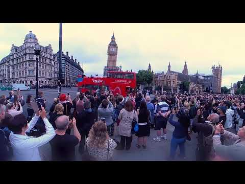 Watch in 360: Big Ben bongs for final time for four years
