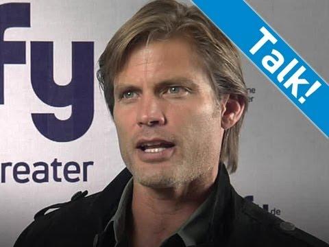 """Starship Troopers"" Interview - Casper Van Dien über seine Rolle bei Starship Troopers - Syfy"