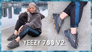 YEEZY 700 V2 GEODE REVIEW + ON FEET & YEEZY 700 MAUVE COMPARISON