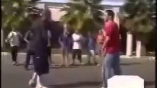 Gangsta vs martial arts expert