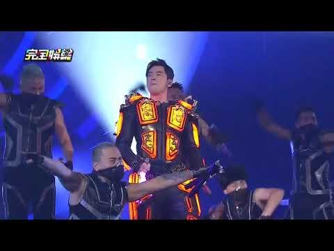 【地表最帥!!】周杰倫地表最強演唱會首場 化身鋼鐵人帥氣開唱