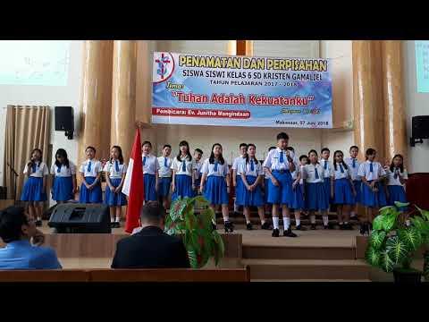 Entrance Procession Graduation and Farewell Ceremony Gamaliel Elementary School