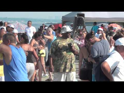 Salsa En Orchard Beach, Bronx N.Y. 8/16/15. 3 of 3