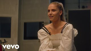 London Grammar - Lord It's A Feeling Orchestral (Amazon Original - Behind the Scenes)