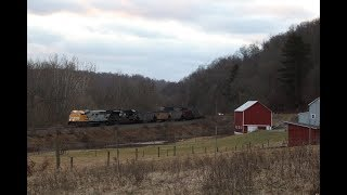 Chasing NS 1801 Leading 562 Up the Keystone Secondary