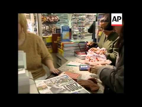 Germans begin using euro currency