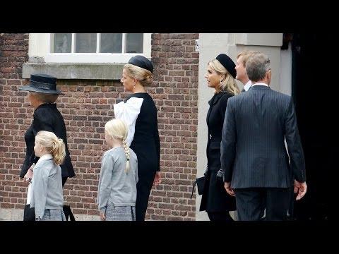 Herdenking voor de overleden Prins Johan Friso in de Oude Kerk in Delft.