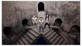 lagu terbaru Andra and the Backbone - DEJA VU