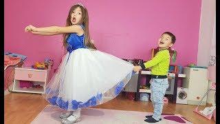 Дети не поделили платье Доминика собирается на вечеринку