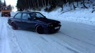 BMW E30 Fun Snow