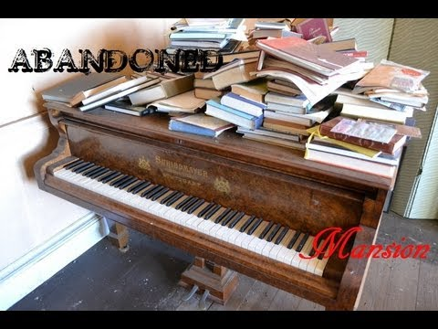 Abandoned - Beautiful Old Mansion - Full of cool stuff!!