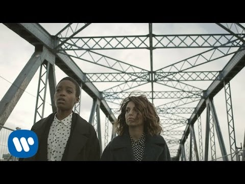 Tal & Irma - Streets Of Philadelphia (Clip officiel)
