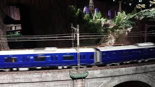 相模鉄道12000系1番ゲージ模型が走る