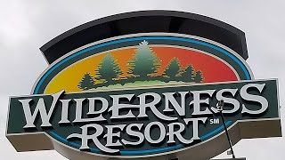The BIGGEST Resort in Wisconsin Dells! | Wilderness Resort Tour