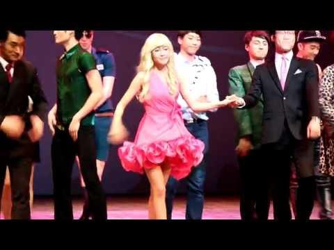 130116 Jessica@Legally Blonde curtain call