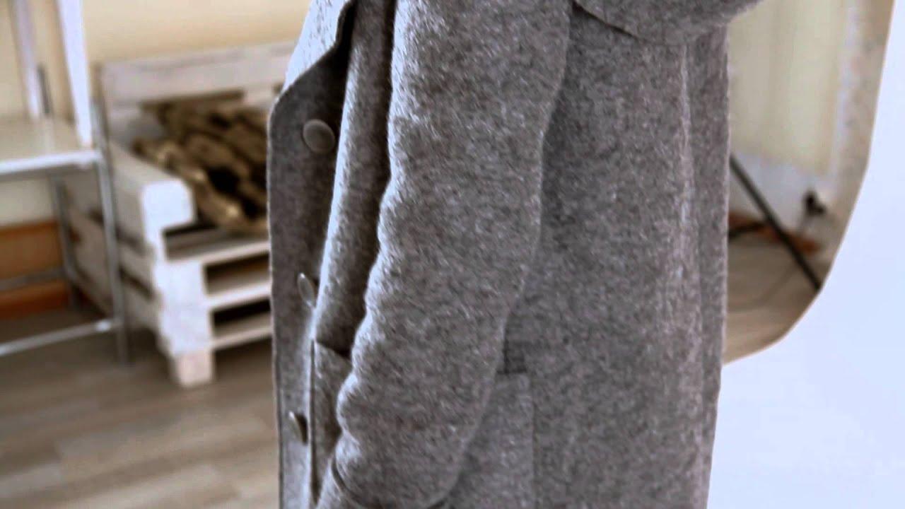 Модные и стильные пальто и полупальто для женщин, девушек по отличной. Красивое пальто черно-белого цвета. Теплое зимнее пальто с мехом.