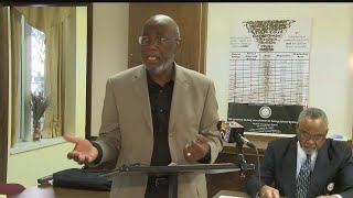 Youngstown NAACP supports CEO over school board
