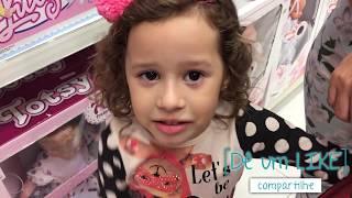 TIPOS DE CRIANÇAS na loja de brinquedos 07 - VALENTINA